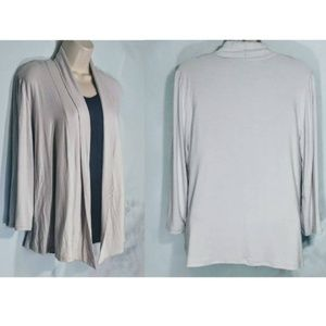 J JILL Woman's Size Medium Light Gray Cardigan